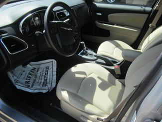 2014 Chrysler 200 LX Houston, Mississippi 6