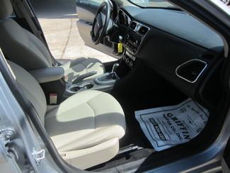 2014 Chrysler 200 LX Houston, Mississippi 8