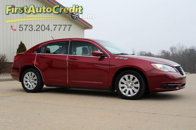 2014 Chrysler 200 LX | Jackson , MO | First Auto Credit in Jackson  MO