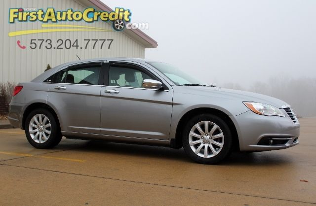 2014 Chrysler 200 Limited | Jackson , MO | First Auto Credit in Jackson  MO