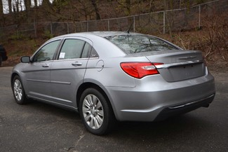 2014 Chrysler 200 LX Naugatuck, Connecticut 2