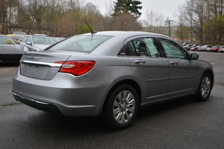 2014 Chrysler 200 LX Naugatuck, Connecticut 4