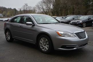2014 Chrysler 200 LX Naugatuck, Connecticut 6