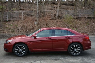 2014 Chrysler 200 Limited Naugatuck, Connecticut 1