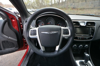 2014 Chrysler 200 Limited Naugatuck, Connecticut 17