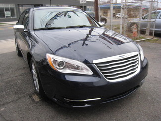 2014 Chrysler 200 Limited New Brunswick, New Jersey 2