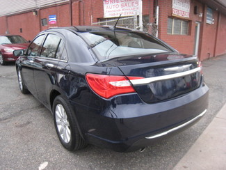 2014 Chrysler 200 Limited New Brunswick, New Jersey 4