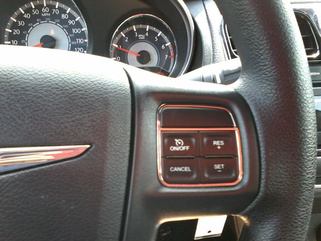 2014 Chrysler 200 San Antonio, Texas 18