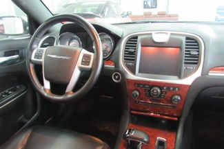 2014 Chrysler 300 Chicago, Illinois 13