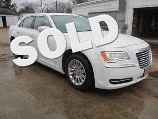 2014 Chrysler 300 Houston, Mississippi