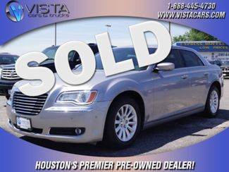 2014 Chrysler 300   city Texas  Vista Cars and Trucks  in Houston, Texas