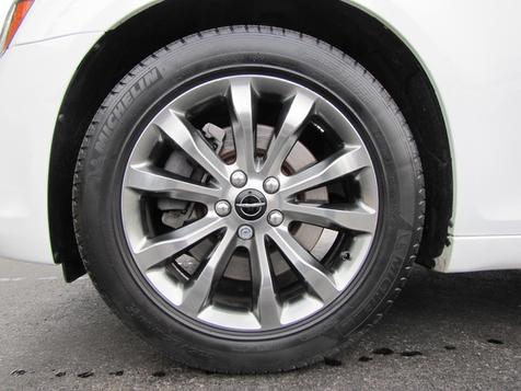 2014 Chrysler 300 300S   Louisville, Kentucky   iDrive Financial in Louisville, Kentucky