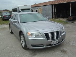 2014 Chrysler 300 RWD San Antonio, Texas 3