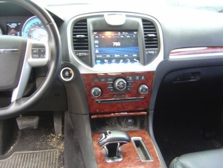 2014 Chrysler 300 RWD San Antonio, Texas 9