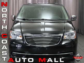2014 Chrysler Town & Country Touring-L in Akron, OH
