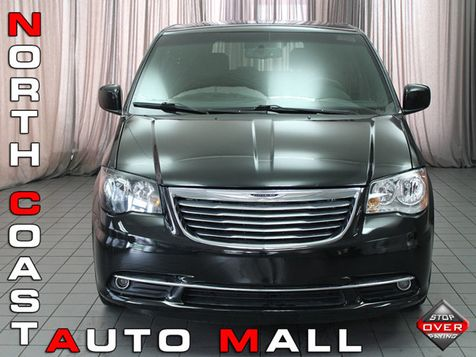 2014 Chrysler Town & Country S in Akron, OH
