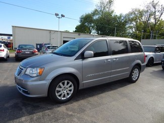 2014 Chrysler Town & Country in Chickasha, Oklahoma