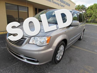 2014 Chrysler Town & Country in Clearwater Florida