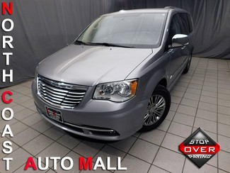 2014 Chrysler Town & Country Touring-L in Cleveland, Ohio