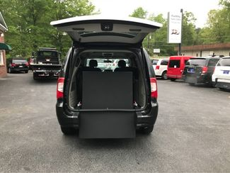 2014 Chrysler Town & Country Touring.handicap wheelchair accessible van Dallas, Georgia 3
