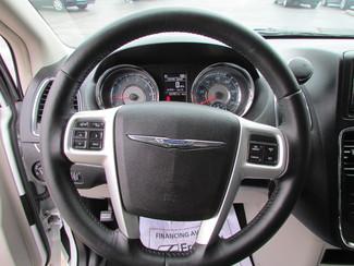 2014 Chrysler Town & Country Touring Fremont, Ohio 7