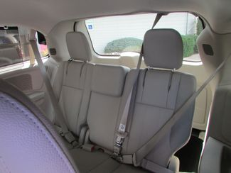 2014 Chrysler Town & Country Touring-L Fremont, Ohio 11