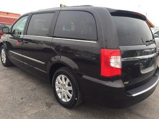 2014 Chrysler Town & Country Touring AUTOWORLD (702) 452-8488 Las Vegas, Nevada 3