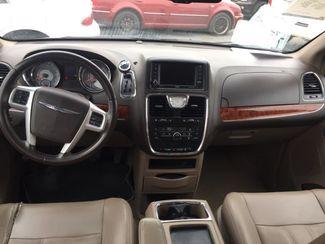 2014 Chrysler Town & Country Touring AUTOWORLD (702) 452-8488 Las Vegas, Nevada 7