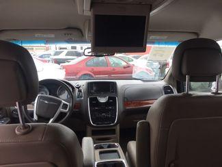 2014 Chrysler Town & Country Touring AUTOWORLD (702) 452-8488 Las Vegas, Nevada 8