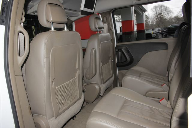 2014 Chrysler Town & Country Touring FWD - REAR DVD Mooresville , NC 37
