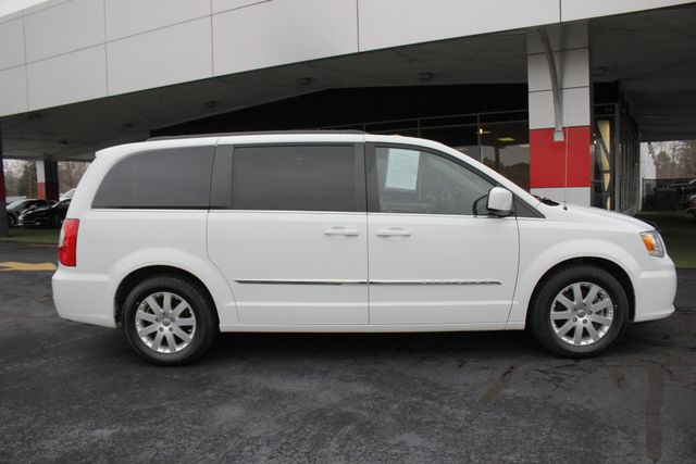 2014 Chrysler Town & Country Touring FWD - REAR DVD Mooresville , NC 14