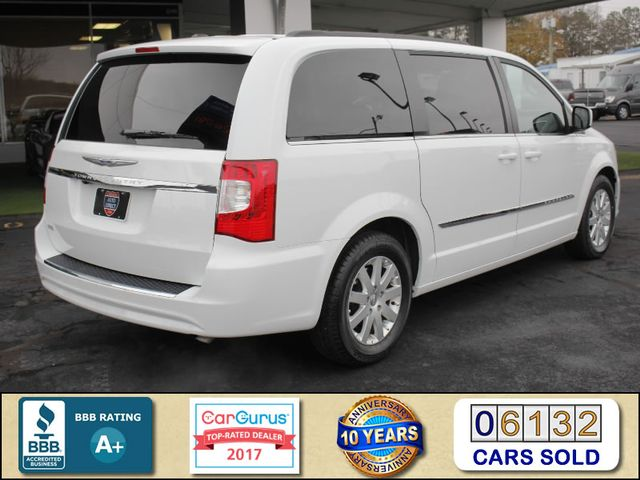 2014 Chrysler Town & Country Touring FWD - REAR DVD Mooresville , NC 2