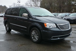 2014 Chrysler Town & Country Touring-L Naugatuck, Connecticut 6