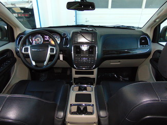 2014 Chrysler Town & Country Touring Nephi, Utah 32