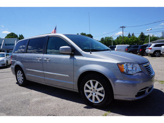 2014 Chrysler Town & Country Touring Norwood, Massachusetts