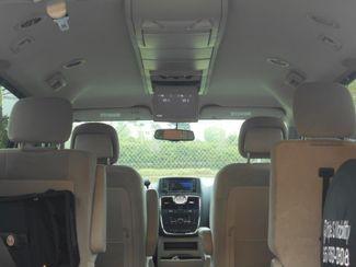 2014 Chrysler Town & Country Touring Wheelchair Van - DEPOSIT Pinellas Park, Florida 6