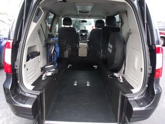2014 Chrysler Town & Country Touring Handicap Van Pinellas Park, Florida 3