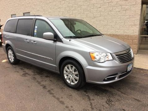 2014 Chrysler Town & Country Touring in Victoria, MN