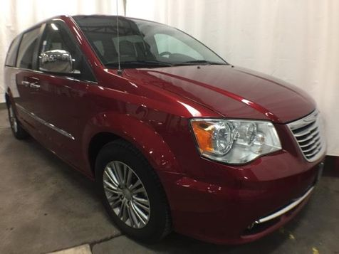 2014 Chrysler Town & Country Touring-L in Victoria, MN