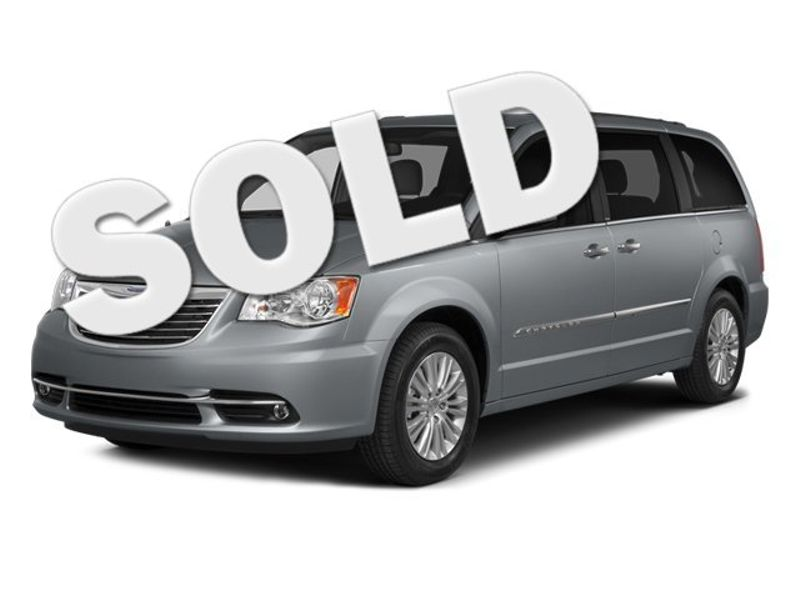 2014 Chrysler Town  Country Touring   Texas  Victoria Certified  in , Texas