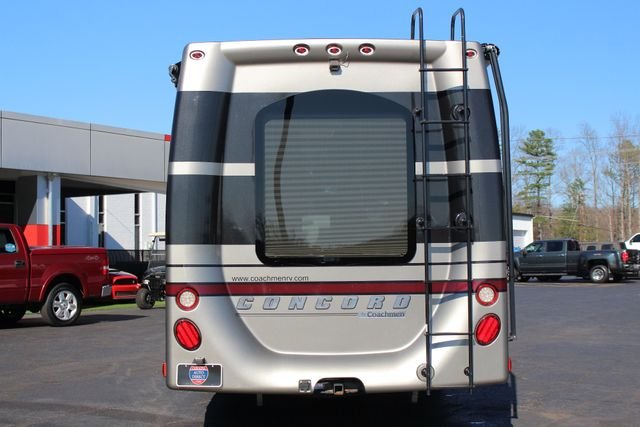 2011 Coachmen Concord 300 TS - LESS THAN 7K MILES! Mooresville , NC 25