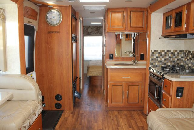 2011 Coachmen Concord 300 TS - LESS THAN 7K MILES! Mooresville , NC 5