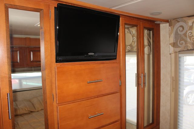 2011 Coachmen Concord 300 TS - LESS THAN 7K MILES! Mooresville , NC 64