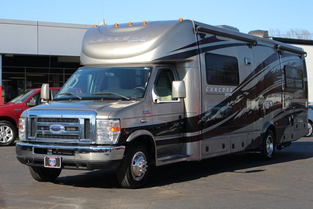 2011 Coachmen Concord 300 TS - LESS THAN 7K MILES! Mooresville , NC 33