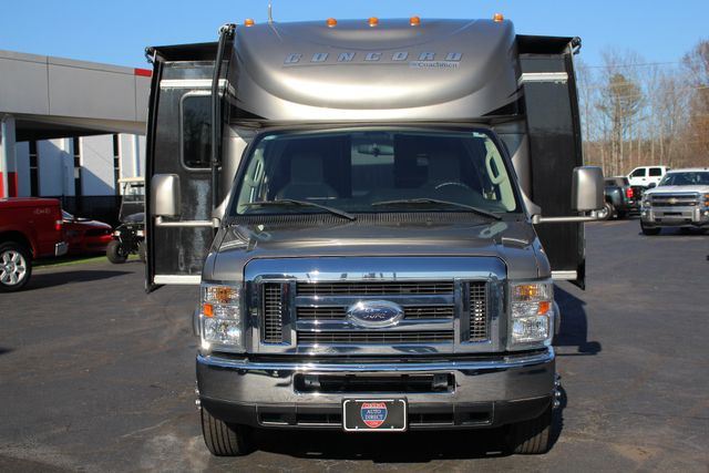 2011 Coachmen Concord 300 TS - LESS THAN 7K MILES! Mooresville , NC 26