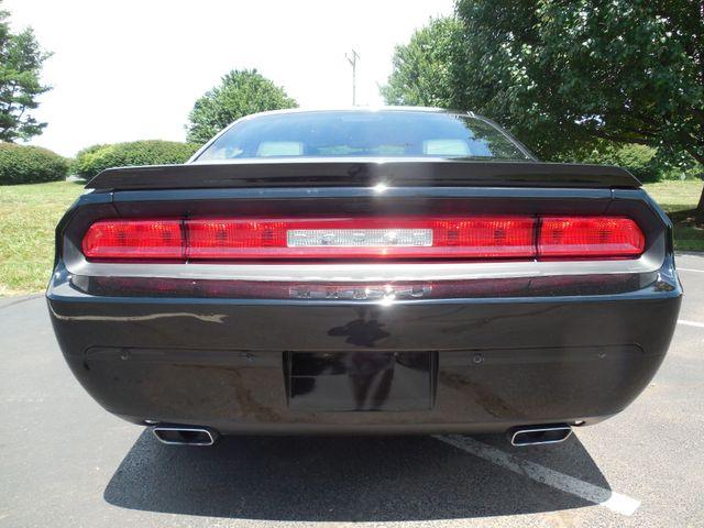 2014 Dodge Challenger SXT Plus Leesburg, Virginia 7