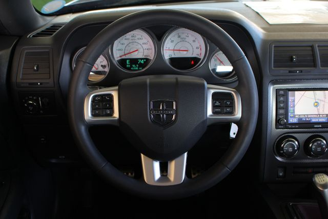 2014 Dodge Challenger R/T Classic -LOWERED - NAVIGATION! Mooresville , NC 5