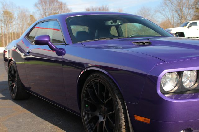 2014 Dodge Challenger R/T Classic -LOWERED - NAVIGATION! Mooresville , NC 25
