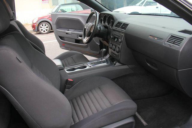 2014 Dodge Challenger R/T - AUTO - 24K MILES - *SALVAGE* Reseda, CA 6