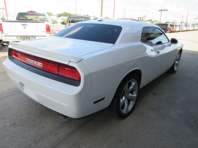 2014 Dodge Challenger SXT Plus south houston, TX 3